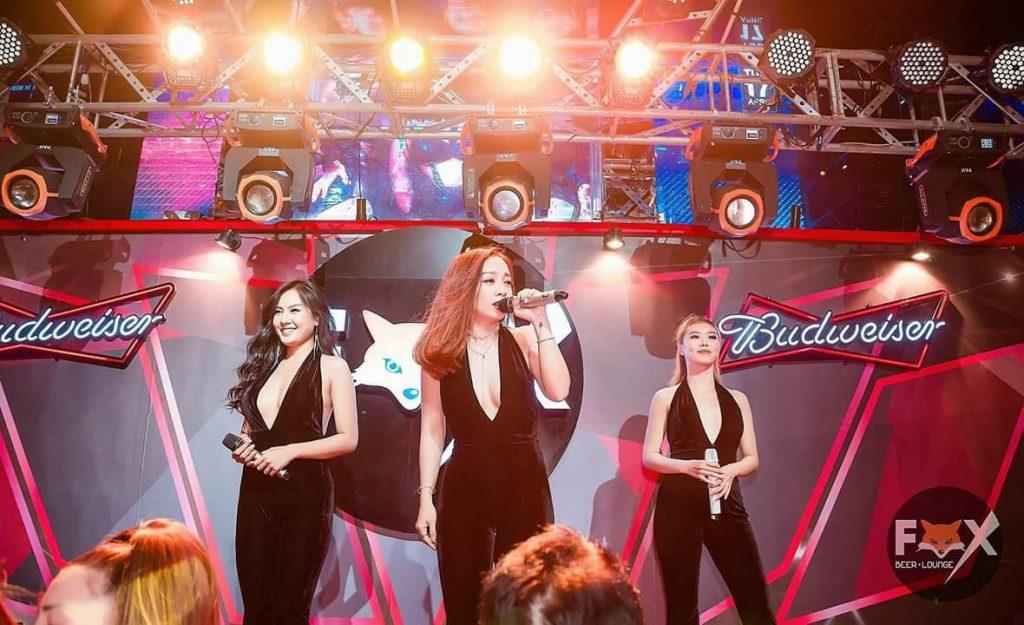 the girls band, nhóm the girls