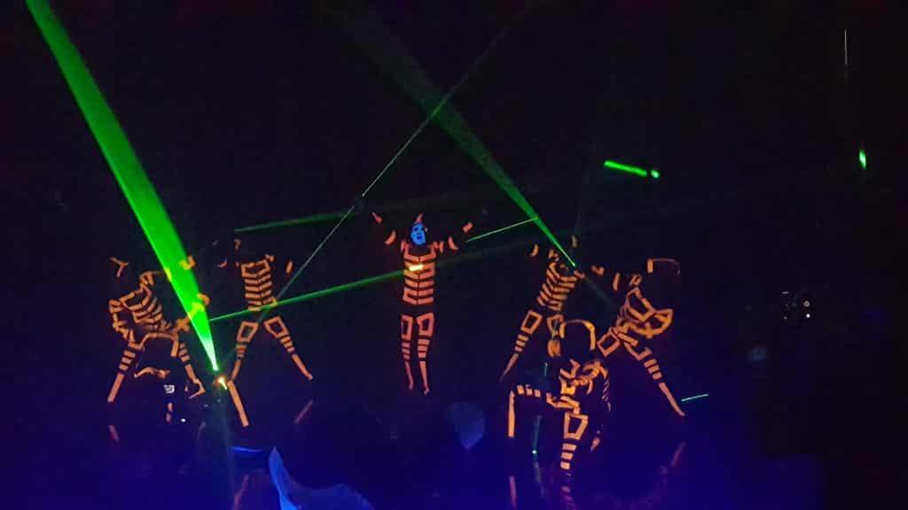 nhảy đèn led, led dance