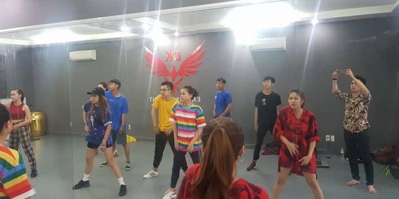 lớp học nhảy, dạy nhảy, nhảy hiện đại, nhay hien dai