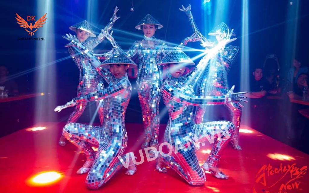 Nhảy gương mirror dance vũ đoàn dk