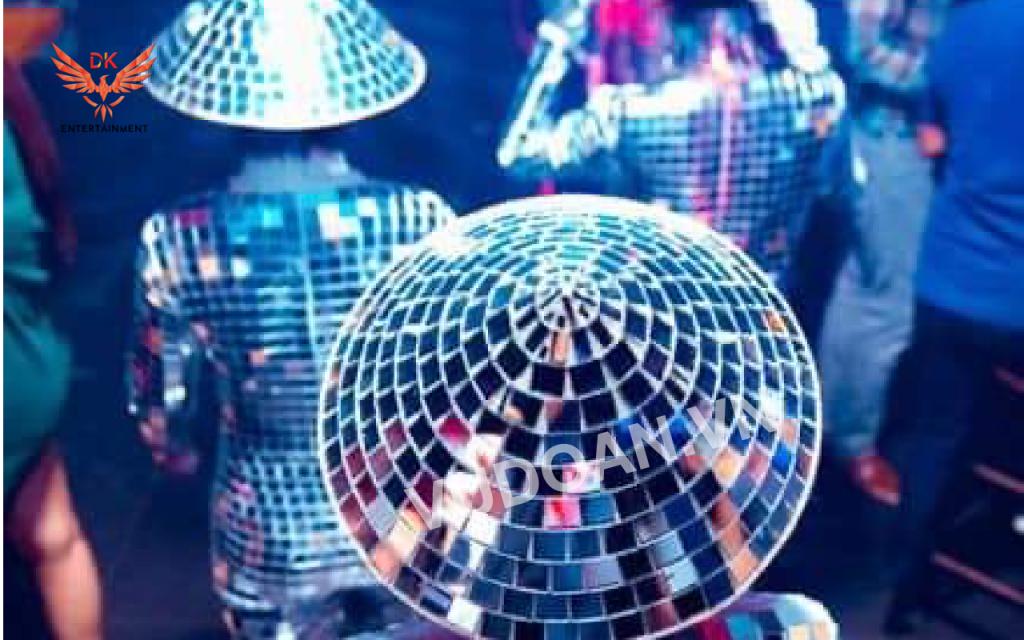 Biểu diễn nhảy gương mirror dance vũ đoàn dk 5